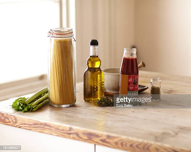 ingredients for cooking - ソース ストックフォトと画像