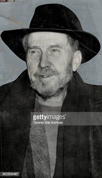 Ezra Pound bearded 65yearold poet who is under indictment on a charge of treason was flown to Washington from Europe to face trial He pauses here...