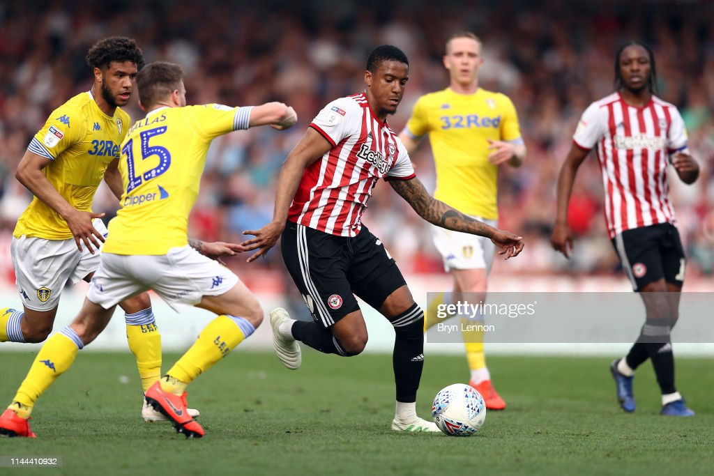 Brentford v Leeds United - Sky Bet Championship : News Photo