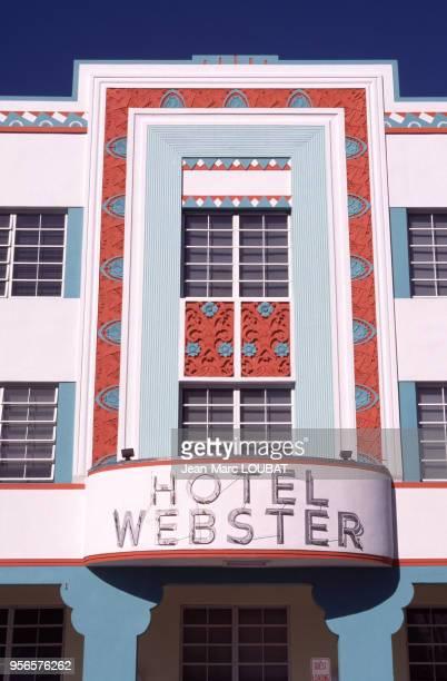 Façade de l'hôtel Webster dans le quartier Art déco circa 1980 à Miami Beach en Floride.