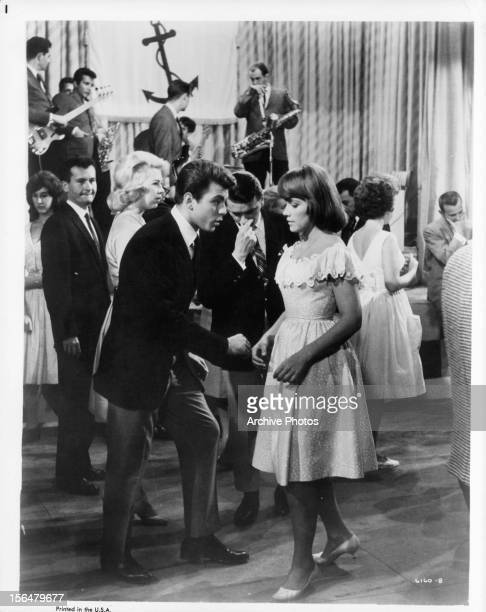 Fabian and Lauri Peters on the dance floor in a scene from the the film 'Mr Hobbs Takes A Vacation' 1962