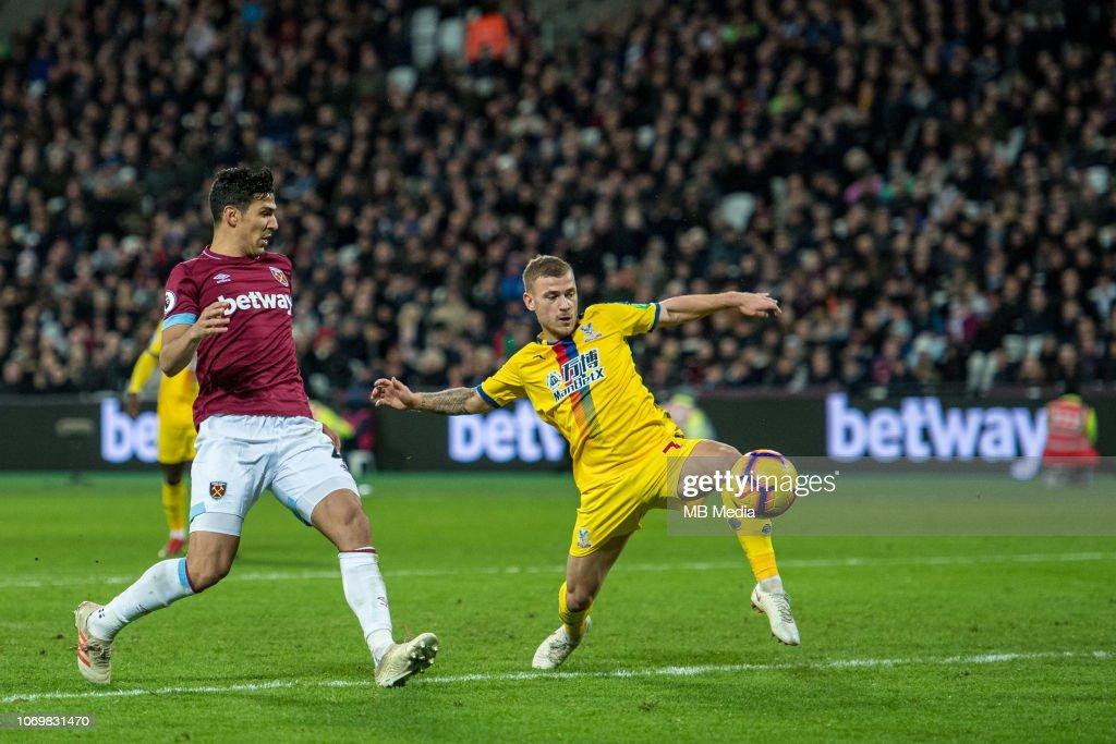 West Ham United v Crystal Palace - Premier League : News Photo