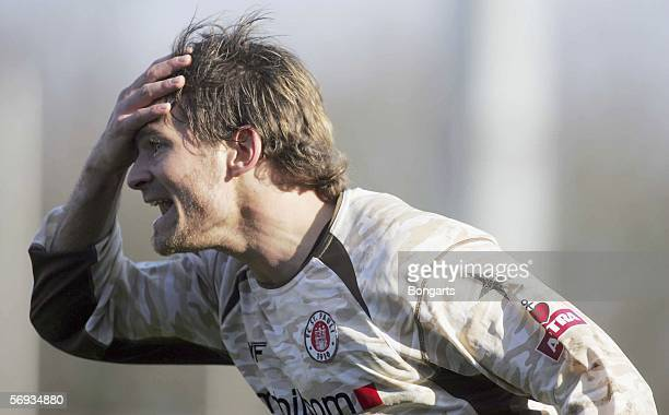 Fabian Lechner of St Pauli yells during the Third League match between RotWeiss Oberhausen and FC St Pauli at the Niederrhein Stadium on February 25...