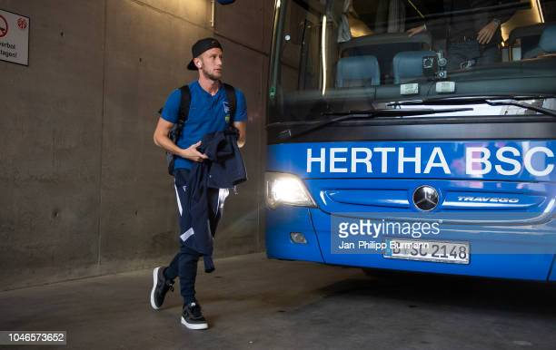 Fabian Lustenberger of Hertha BSC before the Bundesliga match between FSV Mainz 05 and Hertha BSC at OpelArena on October 6 2018 in Mainz Germany