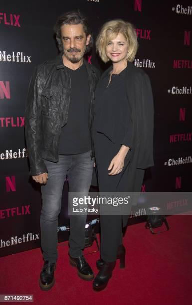 Fabian Mazzei and Araceli Gonzalez attend the 'Che Netflix' red carpet at the Four Season Hotel on November 7 2017 in Buenos Aires Argentina