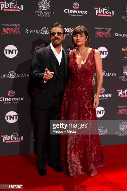 Fabian Mazzei and Araceli Gonzalez poses for photos during the red carpet of the Premios Platino 2019 on May 12 2019 in Playa del Carmen Mexico