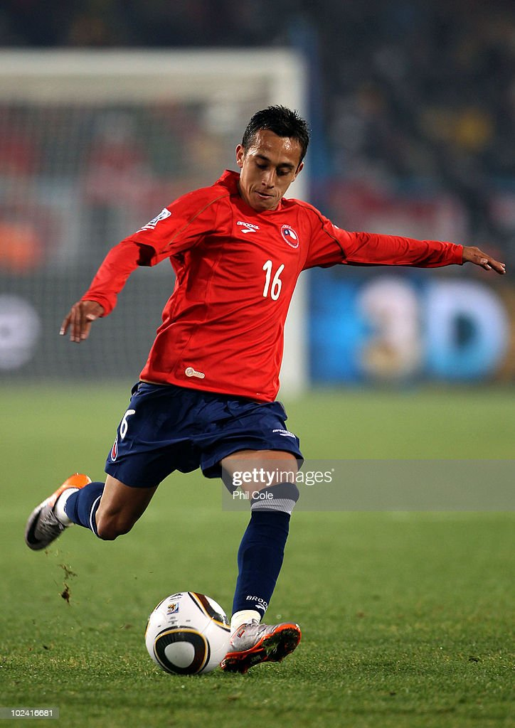 Chile v Spain: Group H - 2010 FIFA World Cup