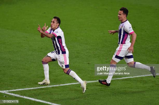 Fabian Orellana of Real Valladolid celebrates after scoring their side's first goal during the La Liga Santander match between Athletic Club and Real...