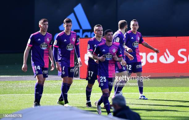 Fabian Orellana of Real Valladolid is congratulated by team mates Ruben Alcaraz, Roque Mesa and Lucas Olaza after scoring their side's first goal...