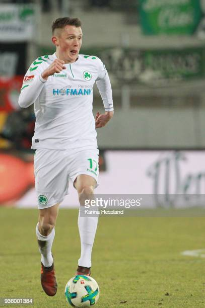 Fabian Reese of Fuerth during the second Bundesliga match between FC Erzgebirge Aue and SpVgg Greuther Fuerth at SparkassenErzgebirgsstadion on March...