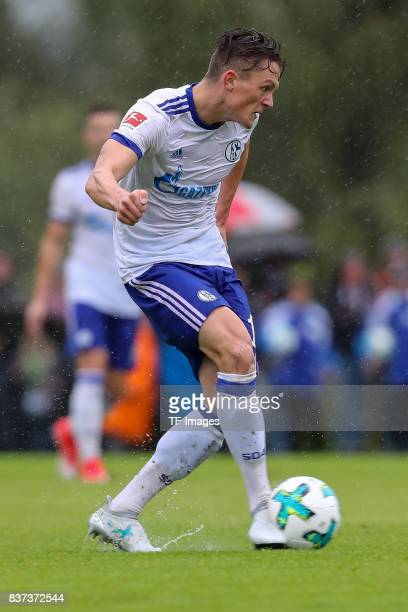 Fabian Reese of Schalke controls the ball during the preseason friendly match between FC Schalke 04 and Neftchi Baku on July 26 2017 in Neunkirchen...