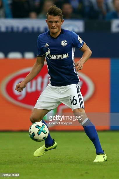 Fabian Reese of Schalke runs with the ball during the Bundesliga match between FC Schalke 04 and RB Leipzig at VeltinsArena on August 19 2017 in...