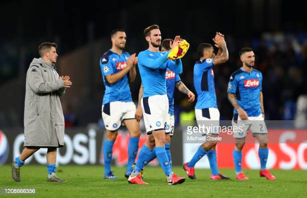 Fabian Ruiz of SSC Napoli and his teammates applaud fans following their draw in the UEFA Champions League round of 16 first leg match between SSC...