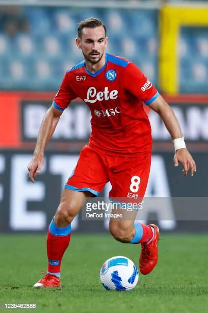 Fabian Ruiz of SSC Napoli controls the ball during the Serie A match between UC Sampdoria and SSC Napoli at Stadio Luigi Ferraris on September 23,...