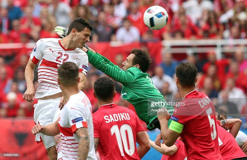 Albania v Switzerland - EURO 2016 : News Photo