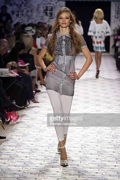 Fabiana Semprebom wearing Betsey Johnson Spring 2006