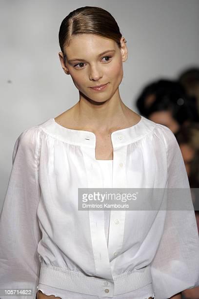 Fabiana Semprebom wearing Charles Nolan Spring 2006