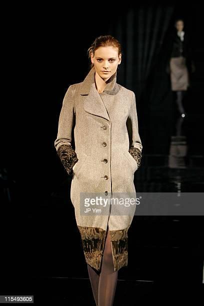 Fabiana Semprebom wearing Douglas Hannant Fall 2006