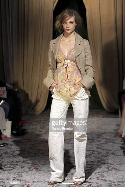 Fabiana Semprebom wearing James Coviello Spring 2006