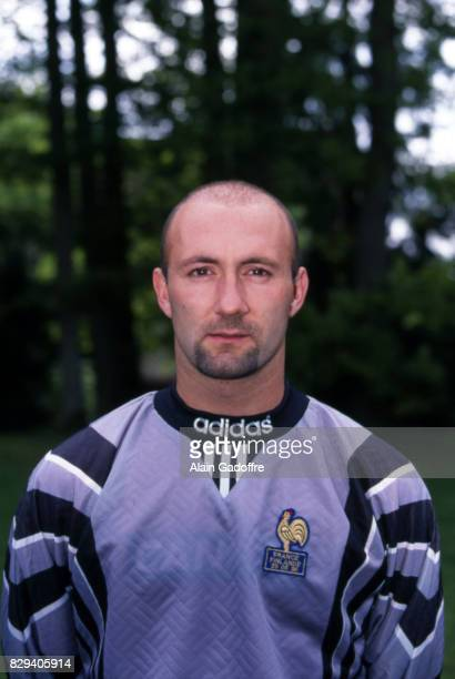 Fabien Barthez of France during the official photoshoot for the european championship 1996 in Clairefontaine on May 26th 1996