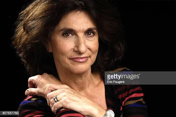 Fabienne Servan Schreiber on the set of TV show Esprits Libres
