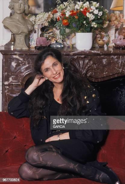 Fabienne ServanSchreiber chez elle à Paris le 15 mars 1989 France