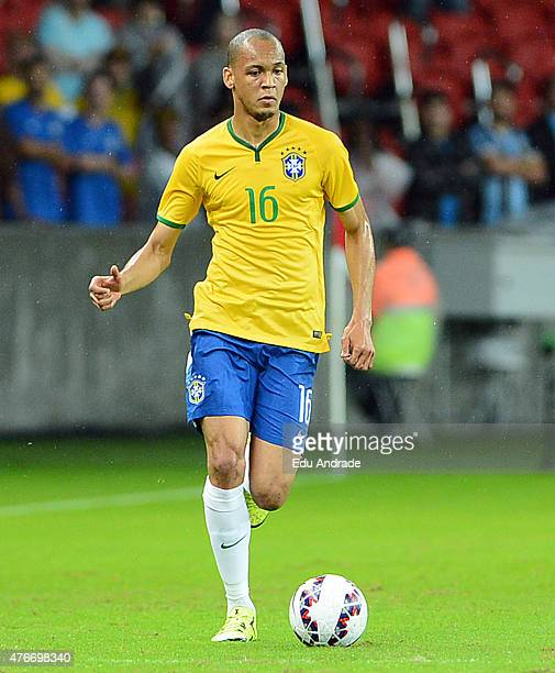 Fabinho of Brazil drives the ball during the international friendly match between Brazil and Honduras at Beira Rio Stadium on June 10 2015 in Porto...