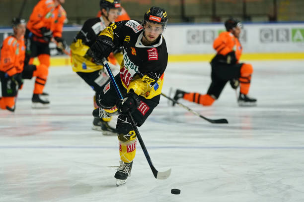 AUT: Moser Medical Graz99ers v Vienna Capitals  - Bet-at-home Ice Hockey League