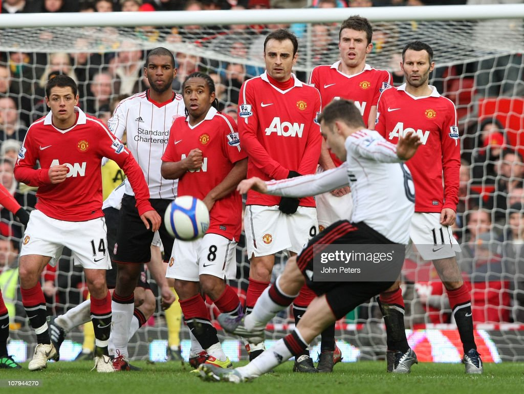 Manchester United v Liverpool - FA Cup 3rd Round : News Photo
