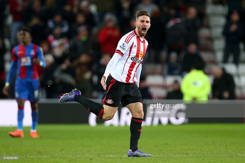 Fabio Borini of Sunderland celebrates scoring his team's second goal during the Barclays Premier League match between Sunderland and Crystal Palace at Stadium of Light on March 1, 2016 in Sunderland, England.
