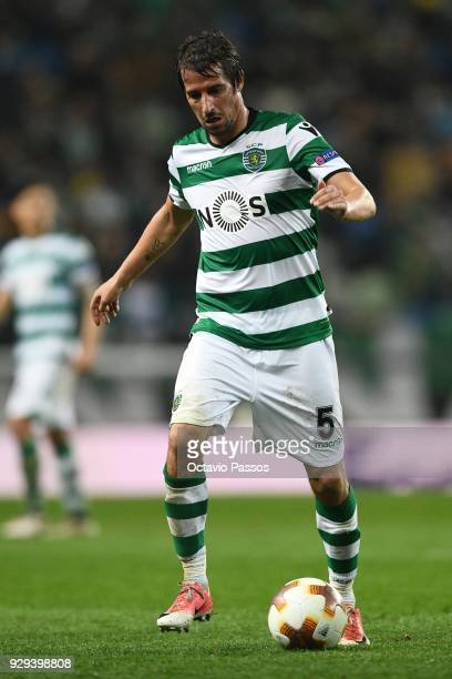Fabio Coentrao of Sporting Lisbon in action during the UEFA Europa League Round of 16 first leg match between Sporting Lisbon and Viktoria Plzen at...