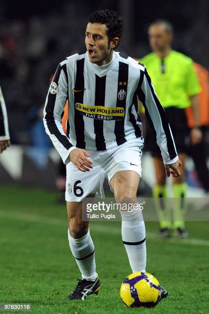 Fabio Grosso of Juventus in action during the Serie A match between Juventus and Palermo at Stadio Olimpico di Torino on February 28 2010 in Turin...