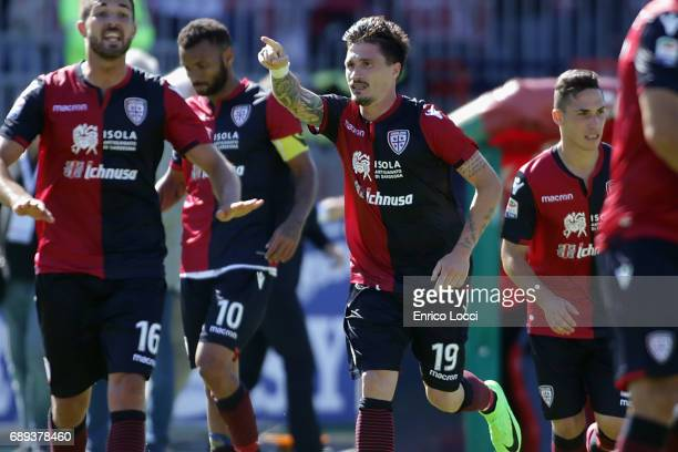 Fabio Pisacane of Cagliari celebrates his goal 21 during the Serie A match between Cagliari Calcio and AC Milan at Stadio Sant'Elia on May 28 2017 in...