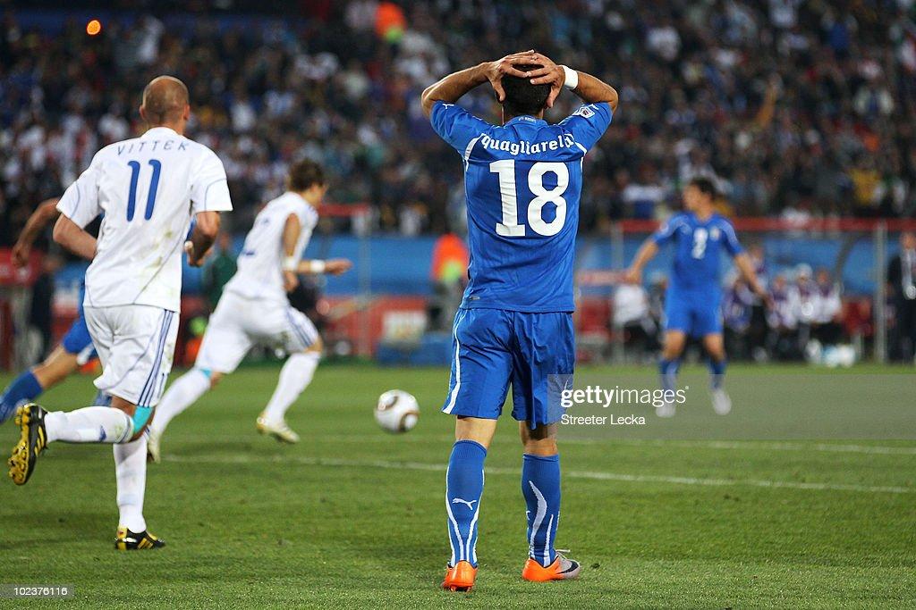 Slovakia v Italy: Group F - 2010 FIFA World Cup : News Photo