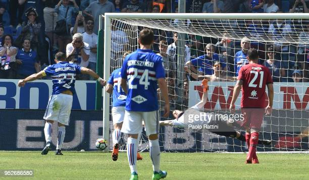 Fabio Quagliarella of Sampdoria misses from the penalty spot during the serie A match between UC Sampdoria and Cagliari Calcio at Stadio Luigi...