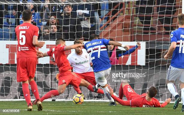 Fabio Quagliarella of Sampdoria scores the goal 10 during the serie A match between UC Sampdoria and ACF Fiorentina at Stadio Luigi Ferraris on...