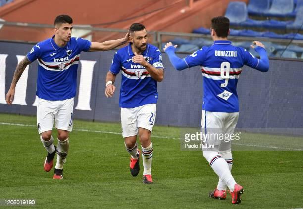 Fabio Quagliarella of UC Sampdoria celebrates with team mates during the Serie A match between UC Sampdoria and Hellas Verona at Stadio Luigi...