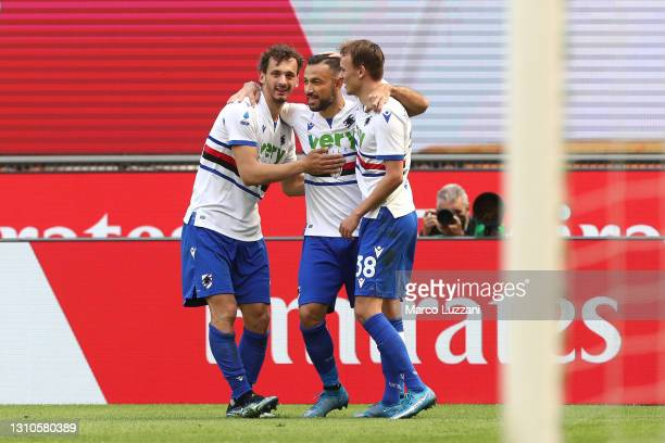 Fabio Quagliarella of U.C. Sampdoria celebrates with teammates Mikkel Damsgaard and Manolo Gabbiadini after scoring their team's first goal during...