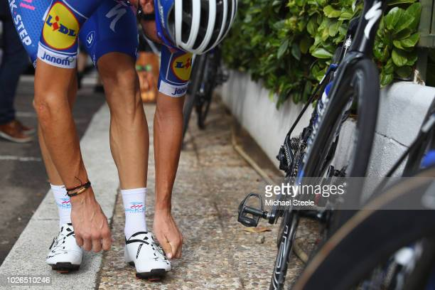Fabio Sabatini of Italy and team QuickStep adjusts his racing shoes ahead of a training ride during the first Rest Day at La Vuelta on September 3...