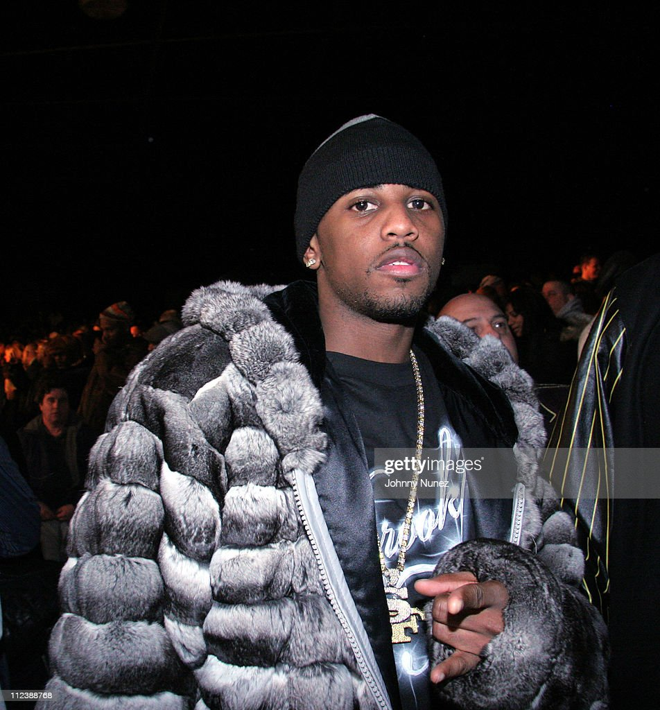 Fabolous during Celebrities Attend the Zab Judah vs Carlos Baldomir Boxing Match - January 7, 2006 at Madison Square Garden in New York, New York, United States.