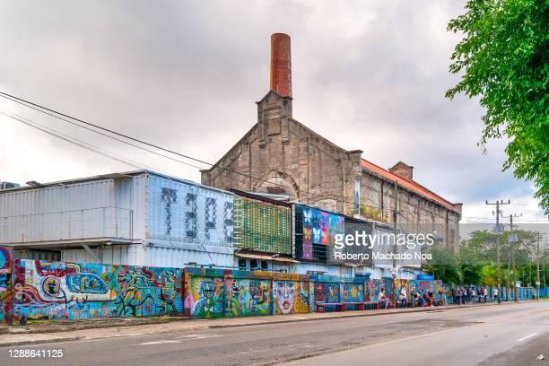 fabrica de arte, havana, cuba - arte ストックフォトと画像