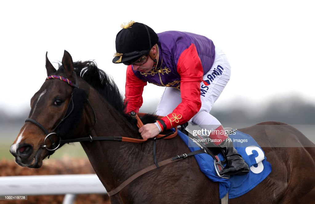 Easter family fun day kempton park racecourse pictures getty images fabricate ridden by andrea atzeni wins the better odds with matchbook magnolia stakes during the easter negle Images