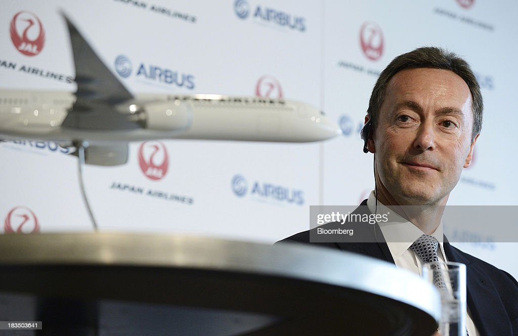 JAL CEO Yoshiharu Ueki And Airbus CEO Fabrice Bregier Joint News Conference