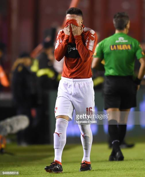 Fabricio Bustos of Independiente reacts after being replaced during a match between Independiente and Boca Juniors as part of Superliga 2017/18 at...