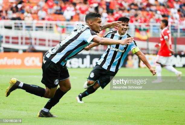 Fabricio of Gremio celebrates after scoring the first goal of his team during the match against Internacional for the Copa Sao Paulo de Futebol...