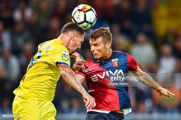Fabrizio Cacciatore of Chievo Verona and Darko Lazovic of Genoa during the Serie A match between Genoa CFC and AC Chievo Verona at Stadio Luigi...