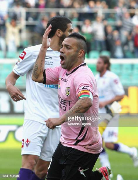 Fabrizio Miccoli of Palermo celebates after scoring the opening goal of the Serie A match between US Citta di Palermo and ACF Fiorentina at Stadio...