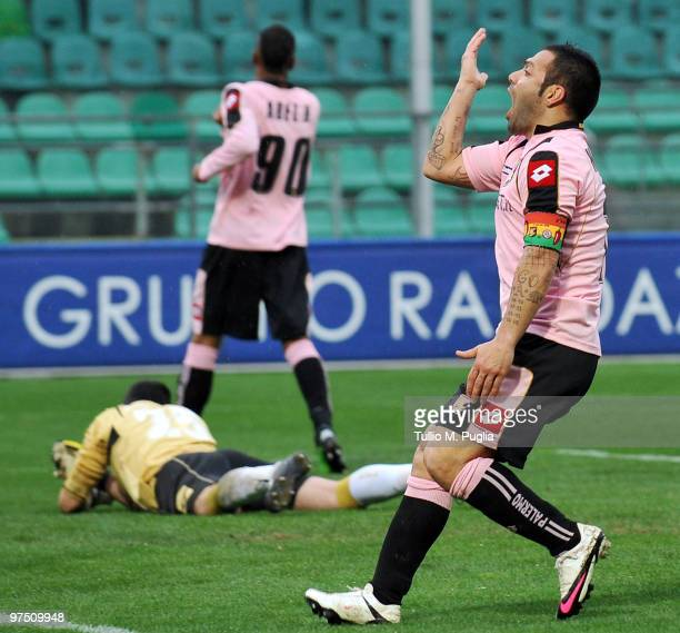 Fabrizio Miccoli of Palermo celebrates after scoring during the Serie A match between US Citta di Palermo and AS Livorno Calcio at Stadio Renzo...