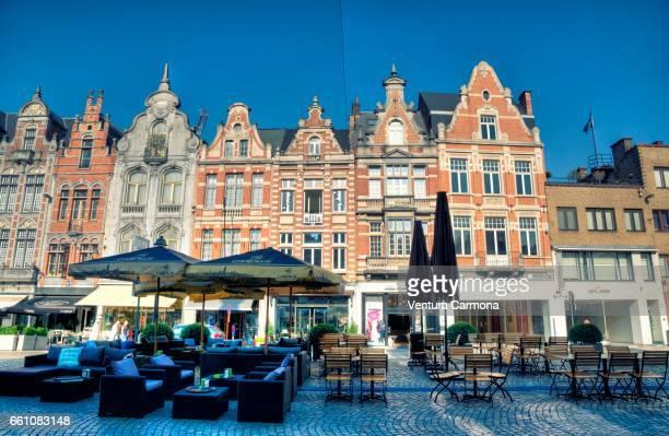 facade in the old town of mechelen, belgium - städtische straße stock pictures, royalty-free photos & images