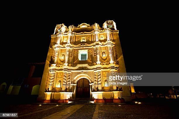 facade of a cathedral, santo domingo, san cristobal de las casas, chiapas, mexico - santo domingo dominican republic stock pictures, royalty-free photos & images